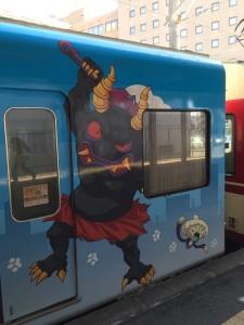 西鉄大牟田線の妖怪ウォッチラッピング電車